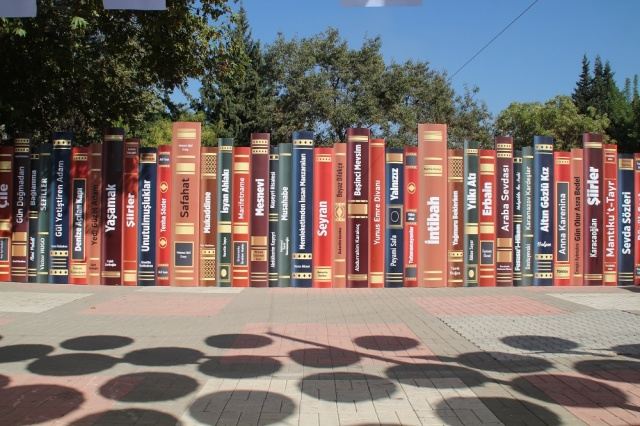 Kitap ve Kültür Fuarı Birinci Gün