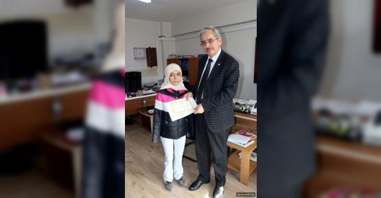 Kahramanmaraş'ta Öğrenciler Karne Aldı