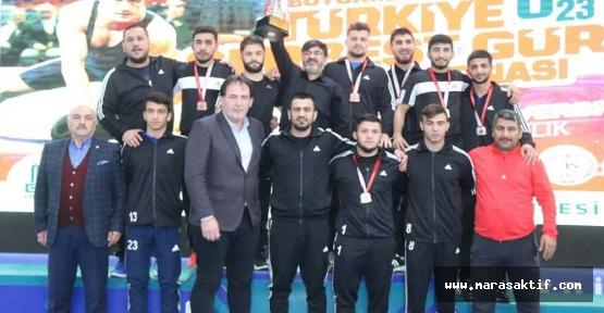 Büyükşehir Güreşçileri Türkiye Şampiyonu Oldu