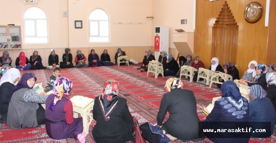 Kadın Kolları Mevlit Programı Düzenledi
