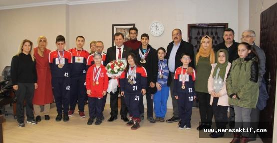 Özel Sporcular 11 Madalya İle Döndü