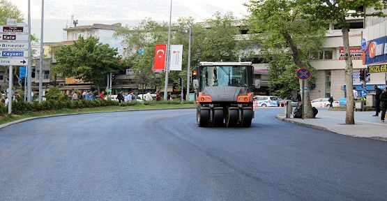 Azerbaycan Bulvarı Asfaltlanıyor
