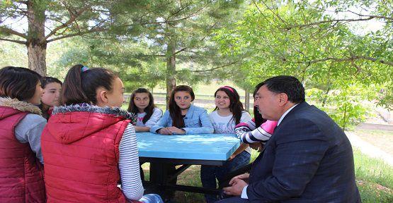 Başkan Öğrencileri Dinledi
