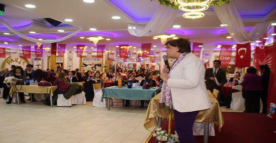 CHP'li Kadınlar Dayanışma Günü Düzenledi