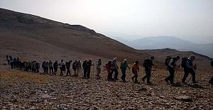 Arkadaşları İçin Nurhak Dağına Tırmandılar