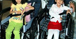 Engelli Kardeşlerin Yüzü Güldü