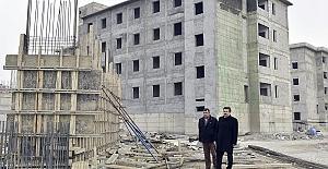 Erkoç Okul İnşaatını İnceledi