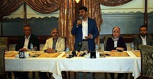 Debgici, Sahurda Gazetecilerle Buluştu