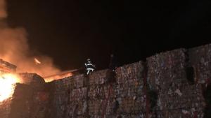 Kağıt ve Ambalaj Fabrikasında Çıkan Yangın 2