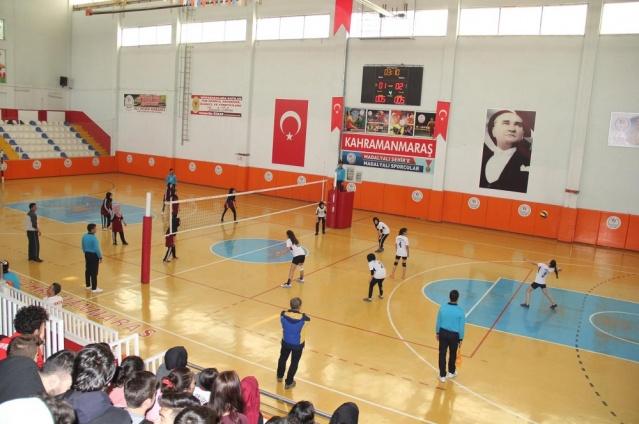 Voleybol Genç Kızlar A Grubu Turnuvası