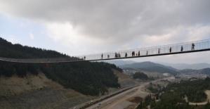 Andırın'da Minareli Asma Köprü