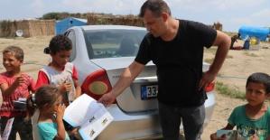 Fabrikaİşçisi Köy Köy Kitap Dağıtıyor