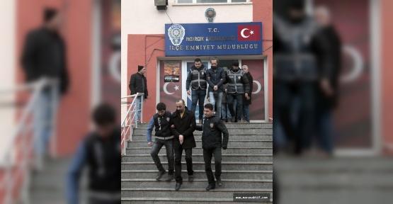 Kahramanmaraş'ta 7 Öğretmen Tutuklandı