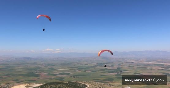 Pazarcık'ta Yamaç Paraşütü