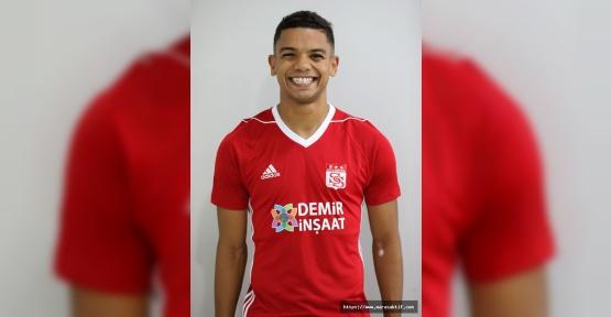 Sivasspor'a Brezilyalı Oyuncu Geldi