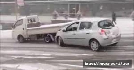 Otomobil İle Kamyonet Arasında Can Verdi