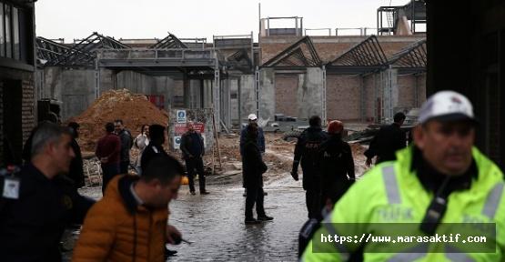 Müzenin Duvarı Çöktü 1 Kişi Öldü