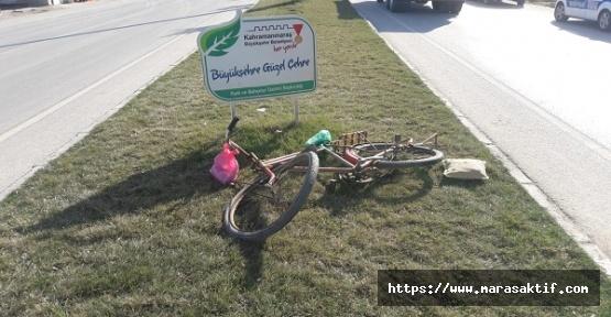 Otomobil Bisiklete Çarptı