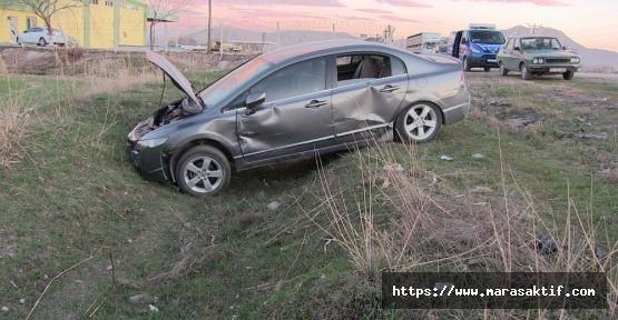 Otomobil Kamyonla Çarpıştı 6 Yaralı