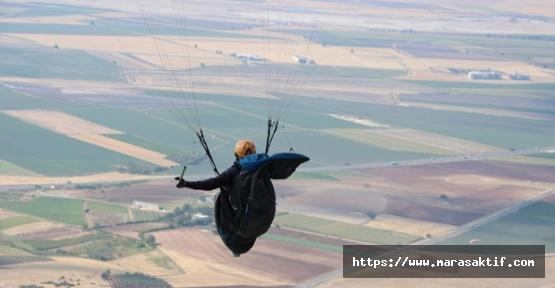 Rüzgara Kapılan Paraşütçü Düştü