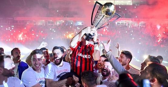 Gaziantep Şampiyonluğu Kutladı