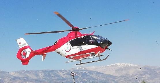 Helikopter Yaşlı Hasta İçin Havalandı