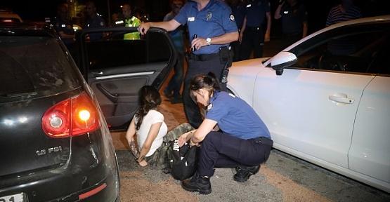 Yakalanan Şüpheliler Anne Diye Ağladı