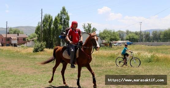 Yiğido Askere Atıyla Gidiyor