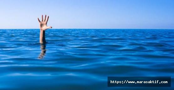 Denize Giren Çift Öldü