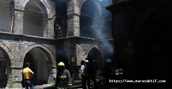 Tarihi Handa Yangın Çıktı
