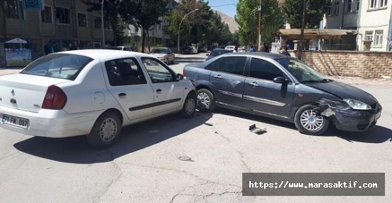 Araçlar Çarpıştı 1 Yaralı