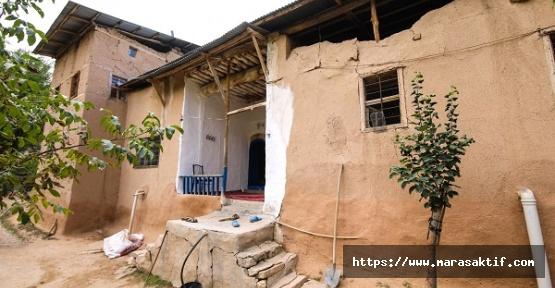 215 Yıllık Kerpiç Ev