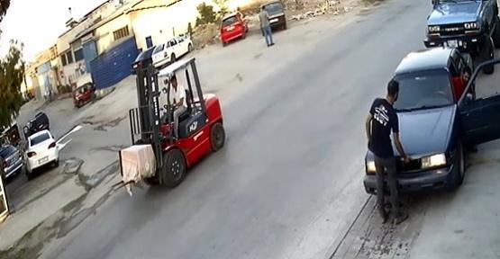 Hırsızlar Altın Kasasını Forkliftle Taşıdı
