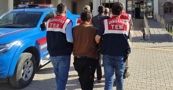 2 DEAŞ'lı Yakalandı 1'i Tutuklandı