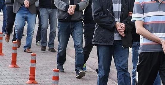 Silah Kaçakçısı 5 Kişi Tutuklandı