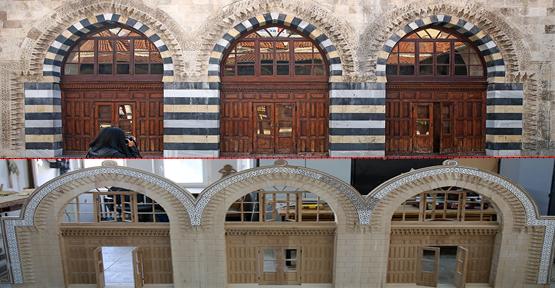 Caminin Kapısı Ahşaba Aktarılıyor