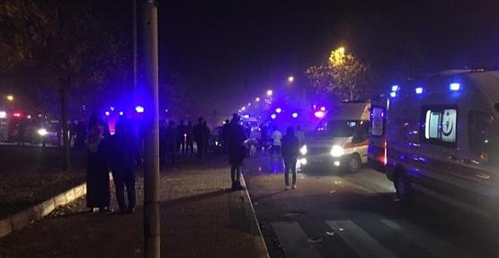 Dulkadiroğlu'nda Otomobiller Çarpıştı 7 Yaralı