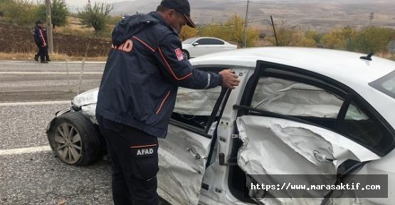 Otomobiller Çarpıştı 7 Yaralı