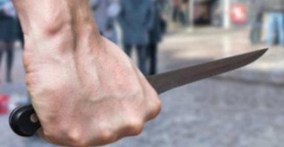 Bıçaklı Kavgada Genç Öldü