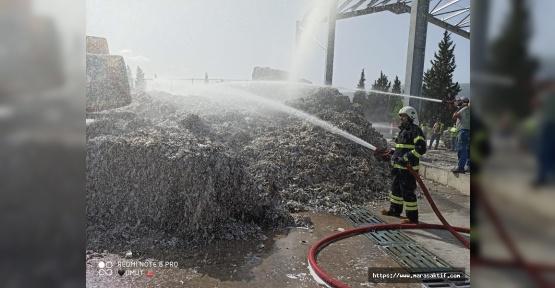 Kağıt Fabrikasında Yangın Çıktı