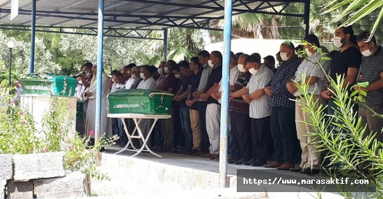 Kazada Ölen Aile Üyeleri Defnedildi