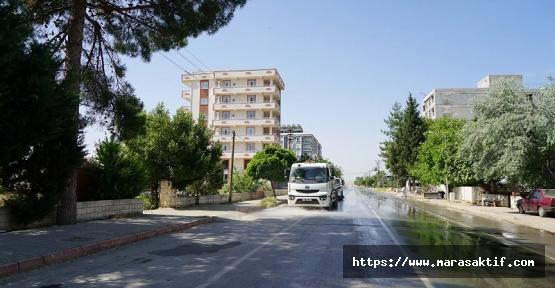 Türkoğlu Caddelerinde Temizlik Başladı