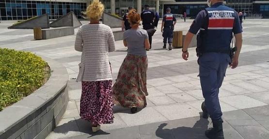 Yankesici Kadınlar Yakalandı