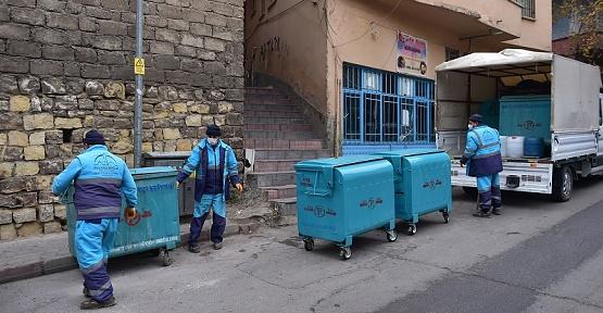 Çöp Konteynırları Değiştiriliyor