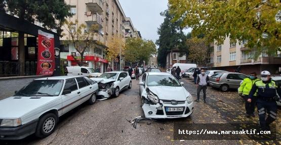 Dikkatsiz Sürücüler Kaza Yaptı