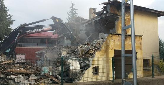 Kahramanmaraş'ta Okullar Yıkılıyor
