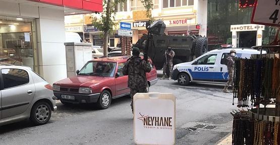 Kahramanmaraş'ta Polise Silahlı Saldırı 2 Yaralı