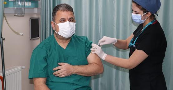 Yüzbaşıoğlu Aşı Olmaya Davet Etti