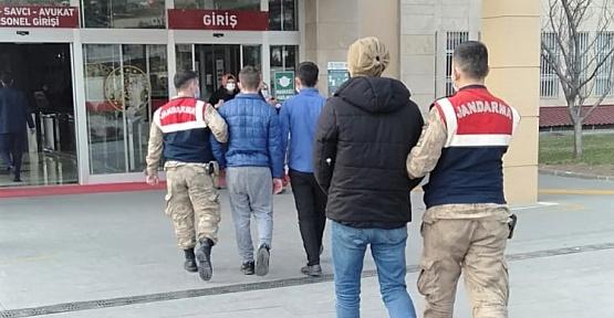Kaçak Suriyeli Gasp Edildi