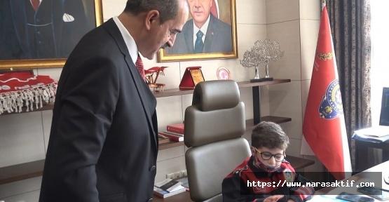 Otizmli Efe Türkiye'nin En Genç Emniyet Müdürü Oldu